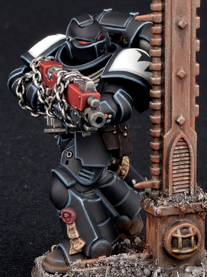 How to Paint Black Templars Armour - Step 7