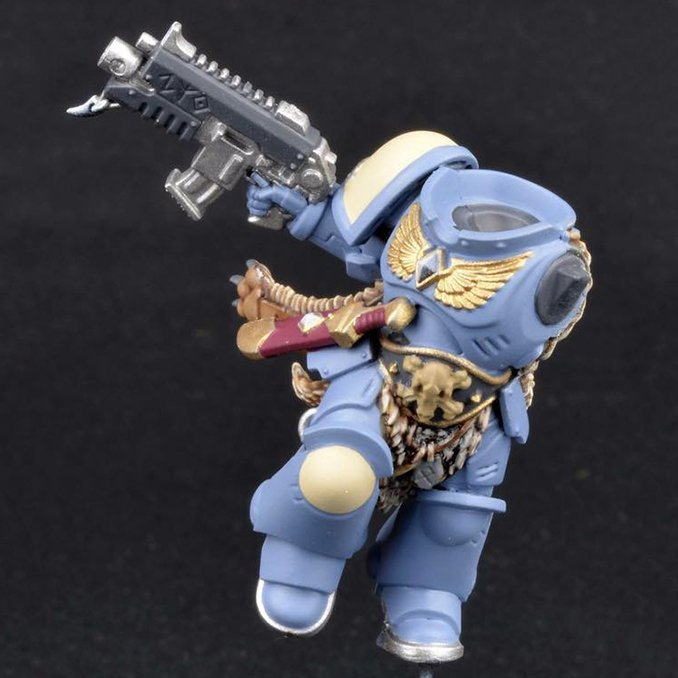 How to Paint Space Wolves Armour - Step 1