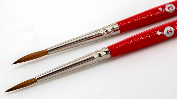 Monument Hobbies Bomb Wick Brushes Review for Miniature Painters - Long Wick Brush Tips