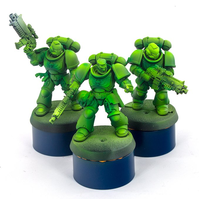 Warcolours Paint Range Review für Miniaturen & Wargames-Modelle - Space Marine 3 - Türkisfarben - Transparent