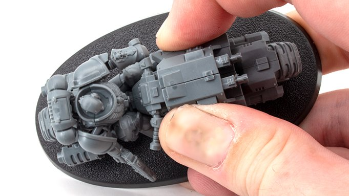 How to fill Gaps & Seams on Miniatures - 1 Press Together
