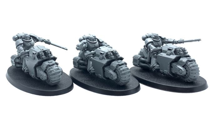 Warhammer 40,000 Starter Set: Command Edition Review Space Marine Primaris Outriders